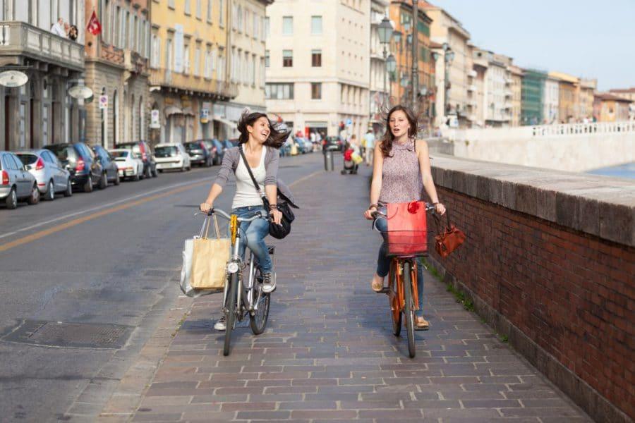 Los beneficios de montar en bicicleta: mucho más que un deporte