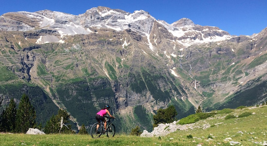 The Monte Perdido route. Bikefriendly BTT tours- lanscape