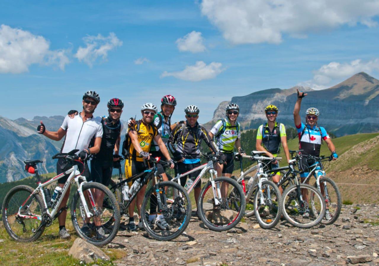 Trans-Pyrenean. Bikefriendly BTT tours - cyclist group