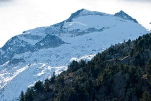 Imagen del Aneto nevado- Biekfriendlytracks