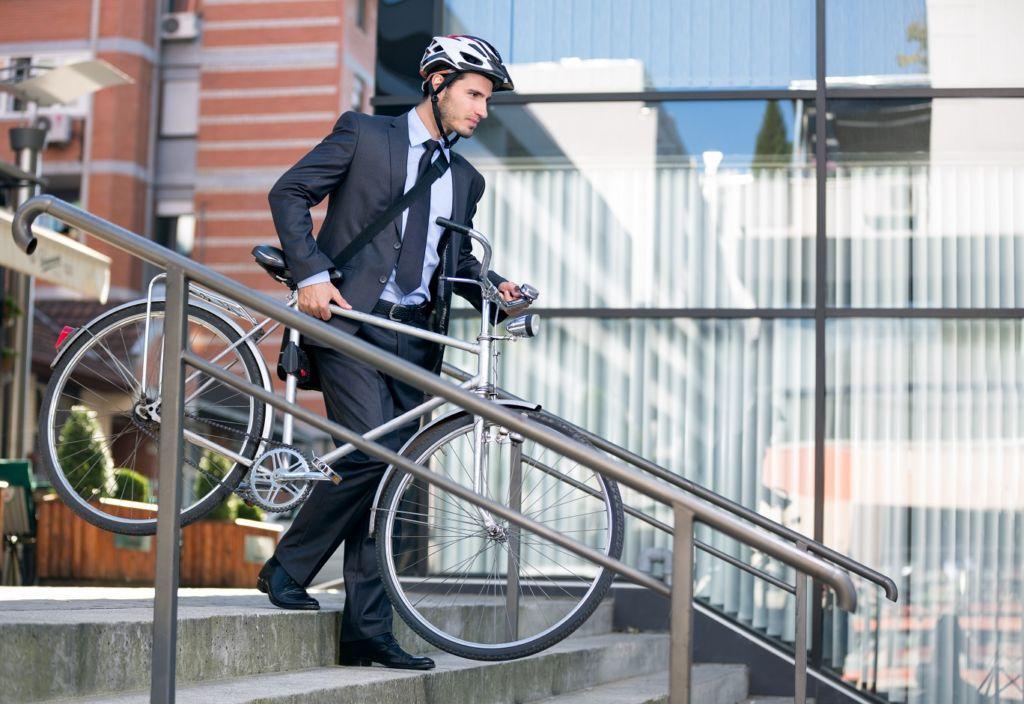 Certificación CFE para empresas que incentiven los viajes al trabajo en bici