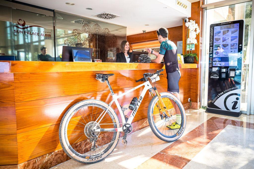 Hotel Bikefriendly @zubiko_photography