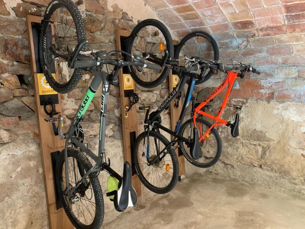 Can Xicu hotel Bikefriendly enCapmany