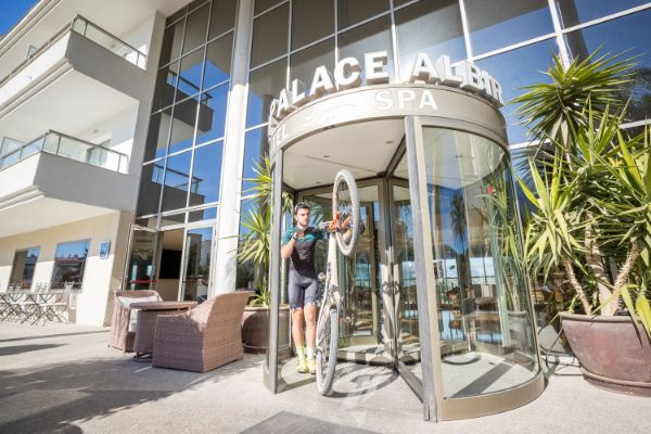 Hotel para ciclistas en Alfás de Pi, Alicante - Hotel Sun Palace Albir & Spa