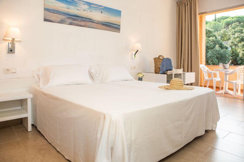 Las habitaciones del hotel cuentan con todos los servicios
