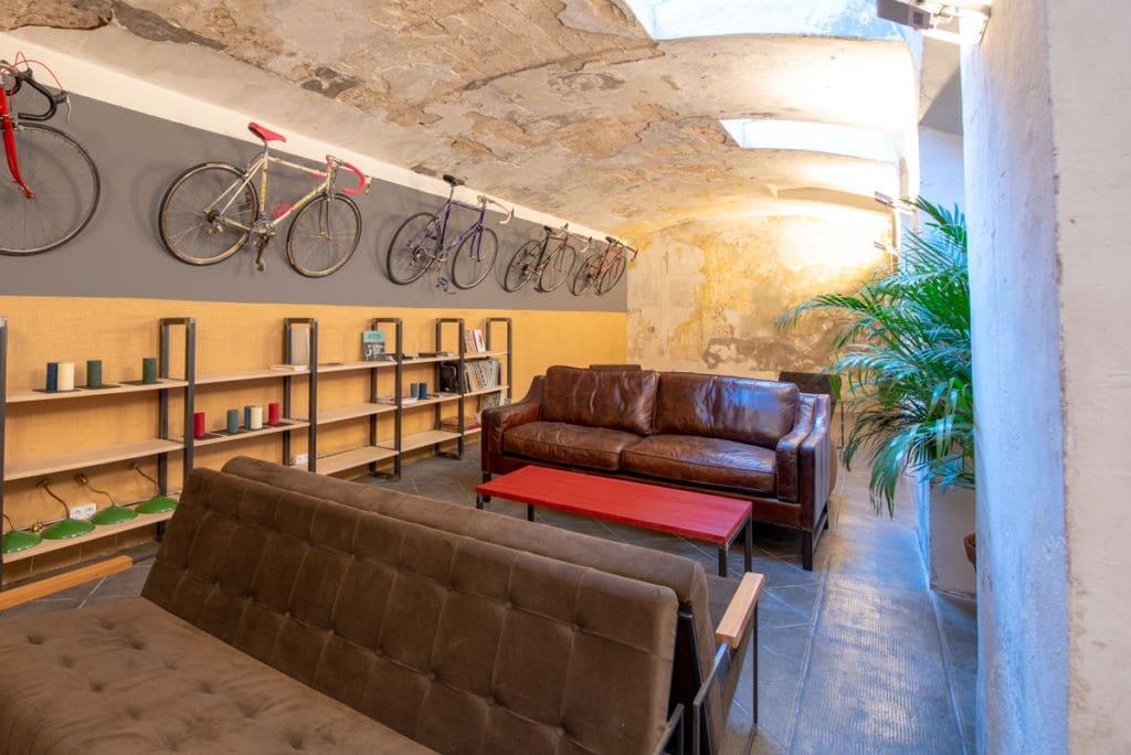 Bicicletas por todas las paredes