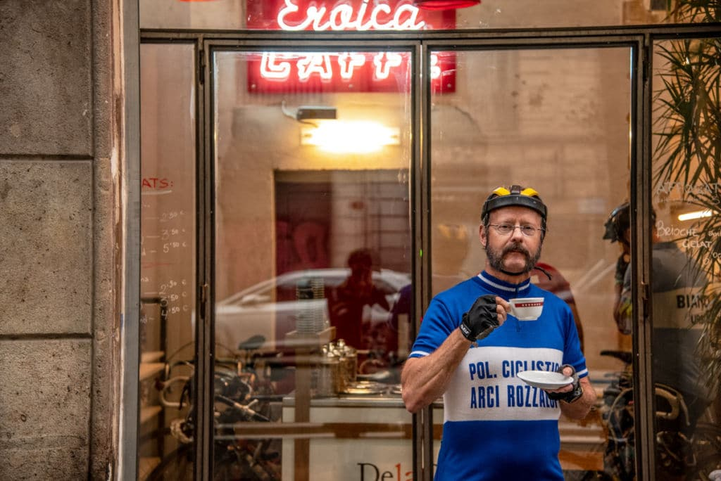 Un café frente al Eroica Caffè Barcelona