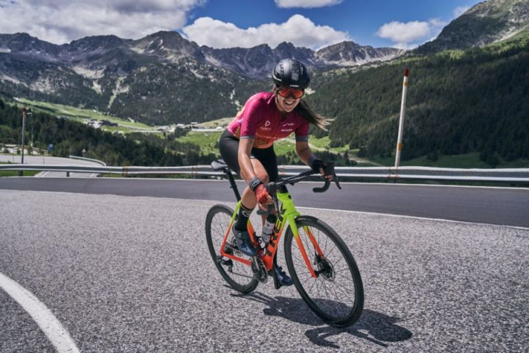 Viaje grupo mujeres Pirineo con Marta Cycling